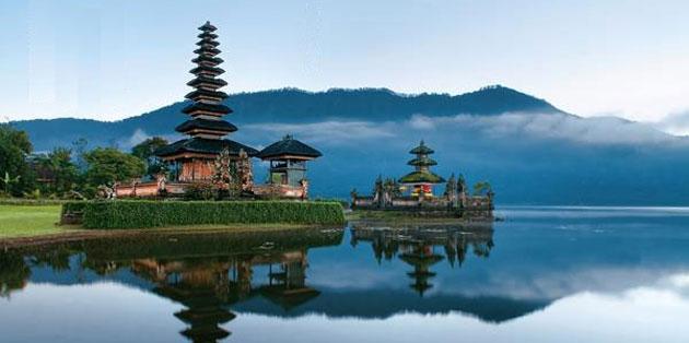 Bedugul Temple